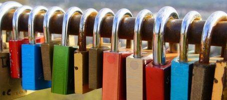Réduisez les risques de piratage avec des mots de passe sûrs et faciles à retenir.